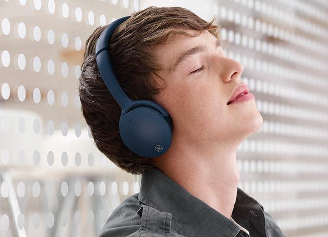 Yamaha YH-E500A Wireless On-Ear Headphone Ov-ph06-listening-care-hp-e500_3b76ba7f526b0f3bb434deaa78e9ef67